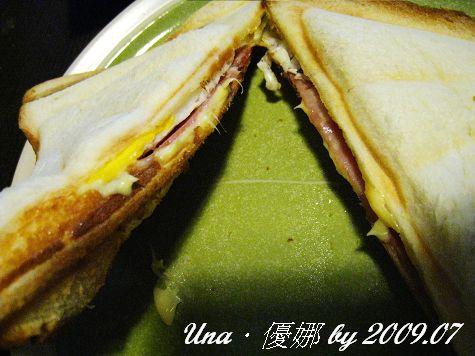 Electrolux伊萊克斯烤三明治機9.jpg