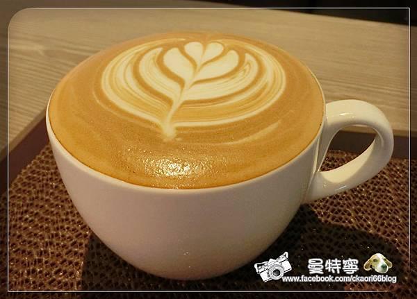 [新竹金山街下午茶+飲料]More café