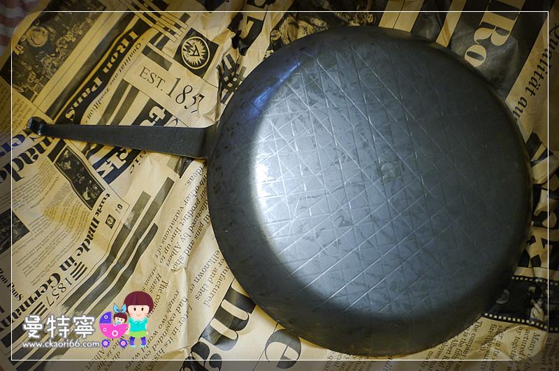 [生活]德國Turk鐵鍋~熱鍛斜紋平底深鍋28cm
