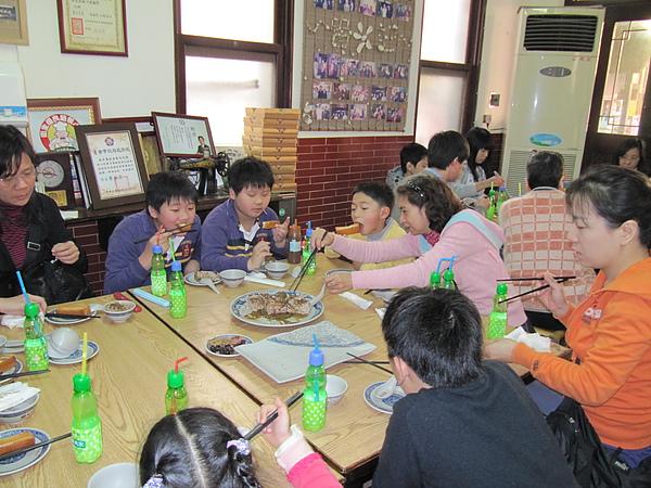 午餐─台南小吃1.JPG