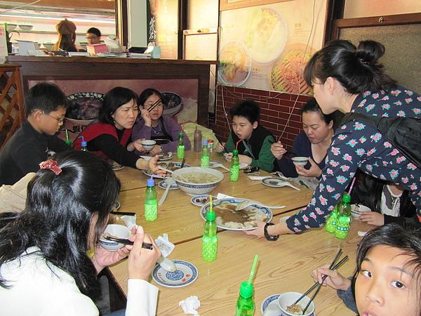 午餐─台南小吃3.JPG