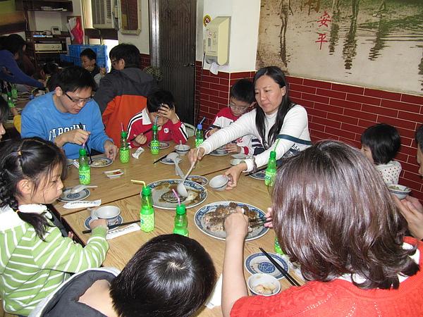 午餐─台南小吃2.JPG