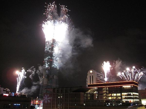 20101231 跨年煙火 018.JPG