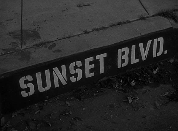 Sunset.Boulevard.1950.BluRay.1080p.AC3.x264-CHD.mkv_20180422_195748.699.jpg