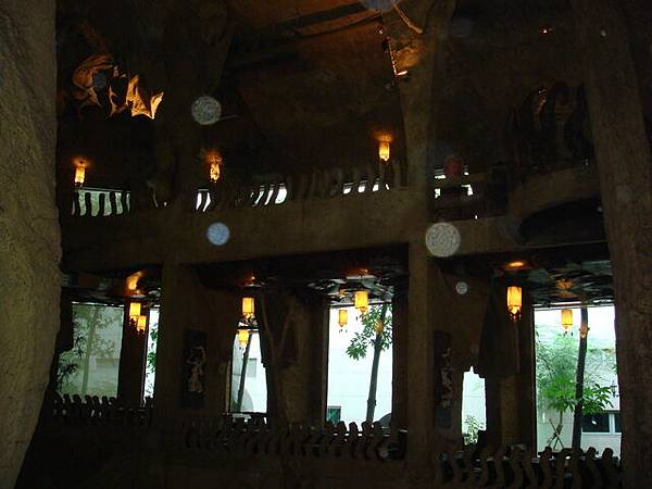 餐廳內的裝潢(1)