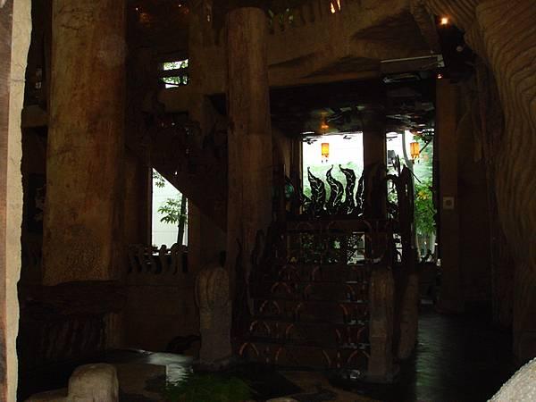 餐廳內的裝潢(2)