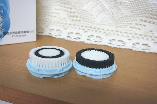 9SAMPO聲寶 洗臉機 音波淨透煥膚潔膚儀PLUS.JPG