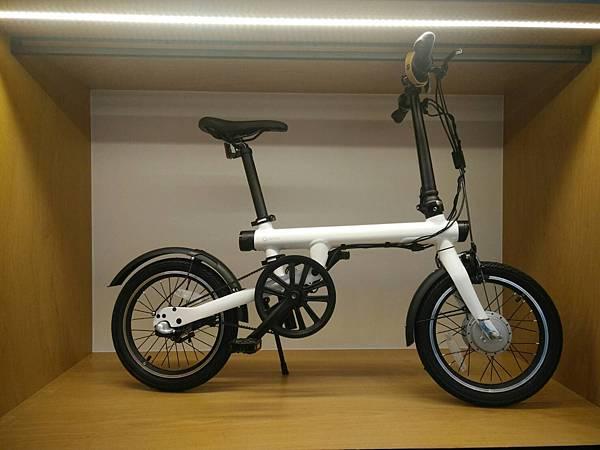 [米騎生活]輕鬆享受騎乘樂趣的QiCYCLE騎記電助力折疊自行車國際版體驗心得分享