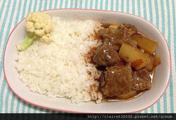 牛腩飯 002