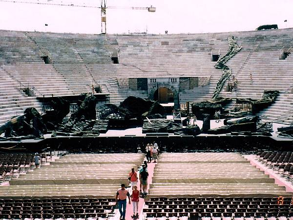 21. Verona Arena 圓形劇場.jpg