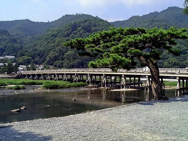 P1000325-嵐山渡月橋.jpg