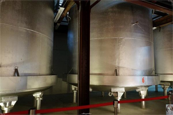 台中文化創意產業園區:[台中追五月天小旅行]台中 酒文化館~讓人大飽眼福的酒國之姿