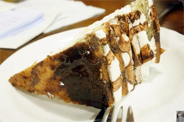 鄉香美墨西餐:台北 天母 鄉香~墨西哥式早午餐披薩=中式蛋餅??
