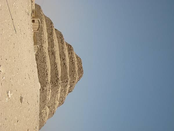 IMG_1283階梯金字塔(金字塔的前身)