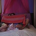 IMG_1773一個蚊帳就可以玩好久...JPG