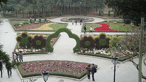 053.龍環葡韻旁小花園