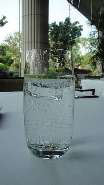 09.氣泡水加檸檬