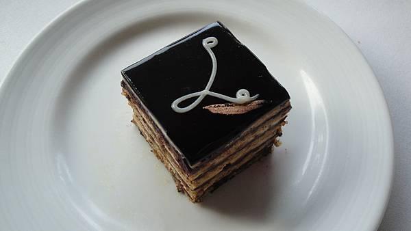 28.桂圓千層蛋糕