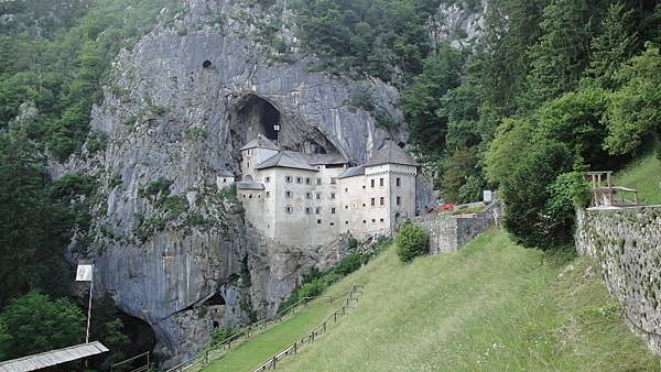 173.波賈馬沿動城堡
