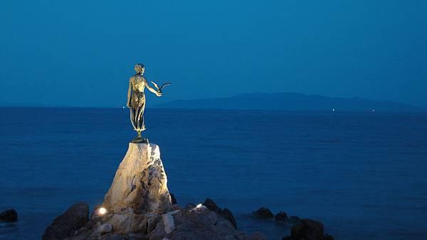 199.歐帕提亞-少女與海鷗