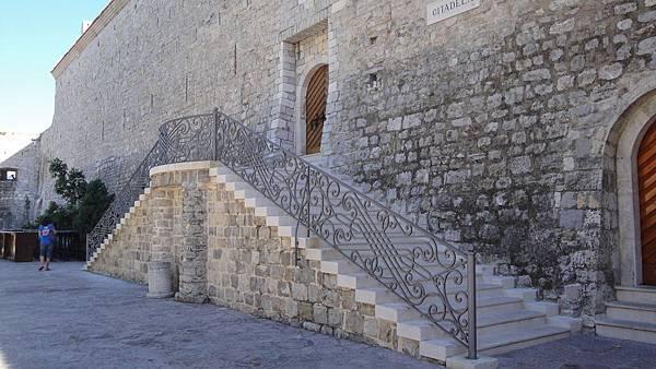 1148.布德瓦古城