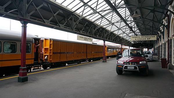 DSC07807.但尼丁火車站