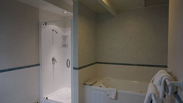 DSC07889.Ascot Park Hotel