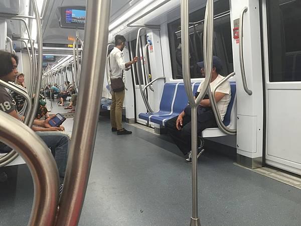 2015-06-07 13.56.22_羅馬地鐵