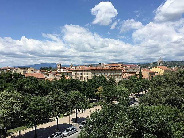 2015-06-17 13.25.52_Hotel Verona 陽台風景
