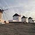 1640.夕陽下的風車