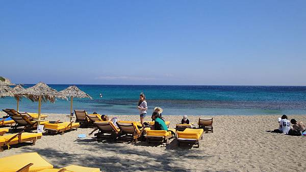 1769.Paradise Beach