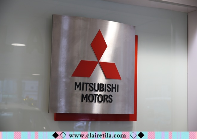Mitsubishi OUTLANDER (21).JPG