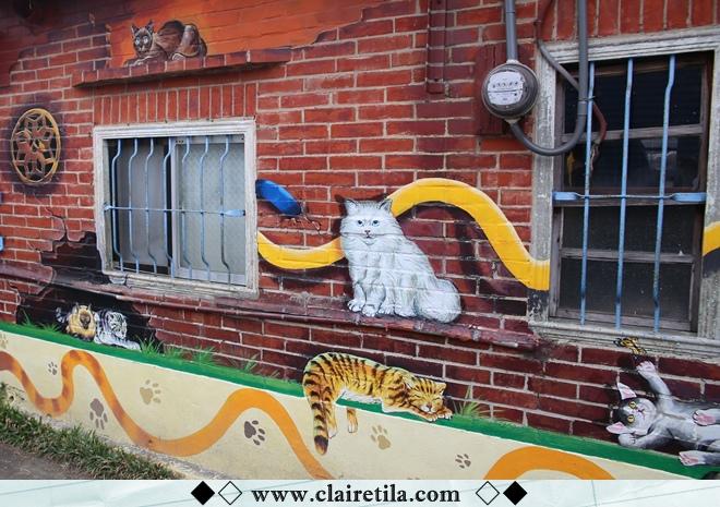 頂溪社區-屋頂上的貓 (2).JPG
