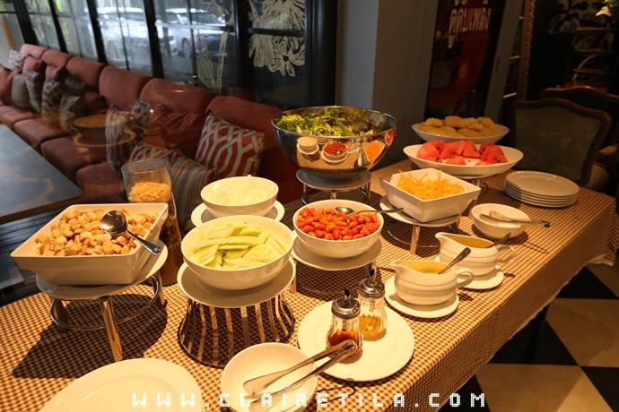 Vic3 Bangkok Hotel  (52).JPG