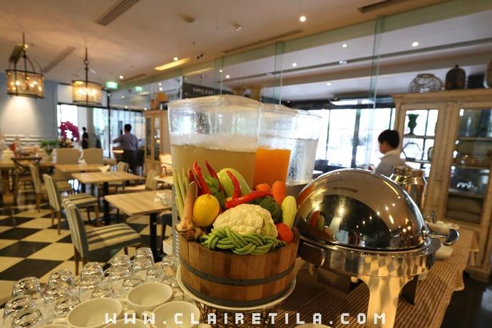 Vic3 Bangkok Hotel  (60).JPG