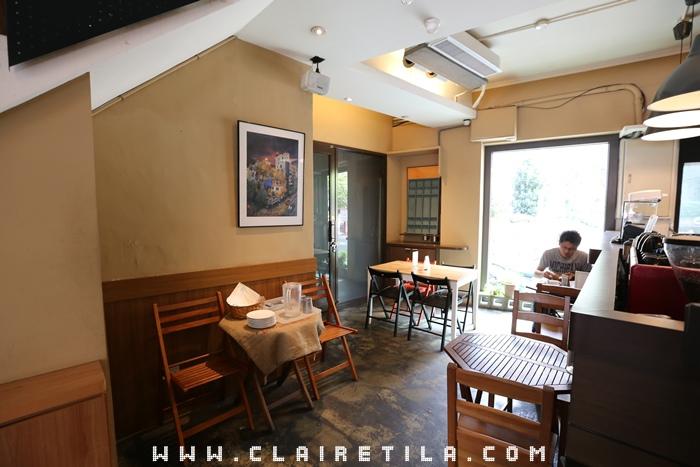 Pond Burger Cafe (5).JPG