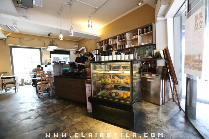 Pond Burger Cafe (4).JPG