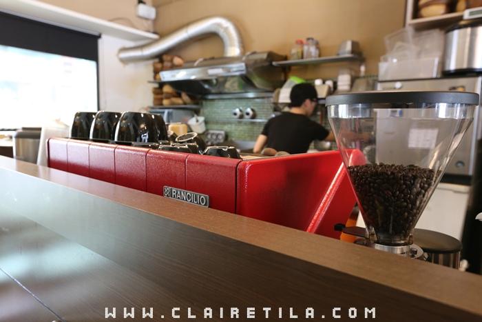 Pond Burger Cafe (6).JPG