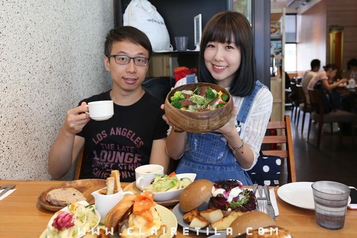 Pond Burger Cafe (36).JPG