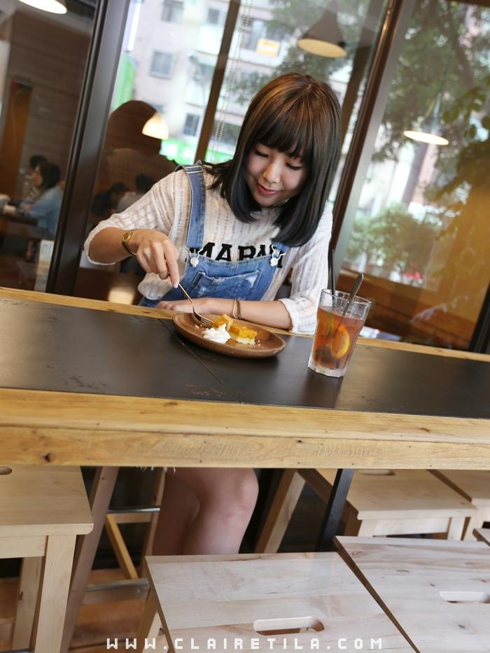 Pond Burger Cafe (58).JPG