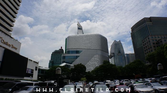Central Embassy貴婦百貨-建興酒家.牛奶片 蜂蜜 (3).JPG