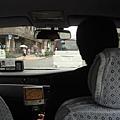 體驗自動開車門的計程車