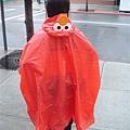 這就是雨衣背面