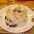 成品~旁邊放上水煮花椰菜看起來比較健康:p