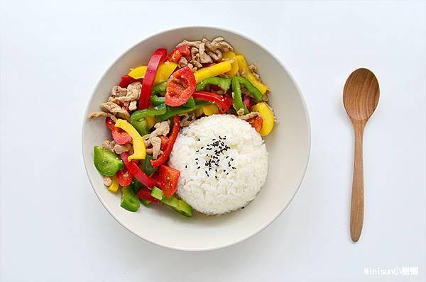 三色椒炒肉絲5.jpg