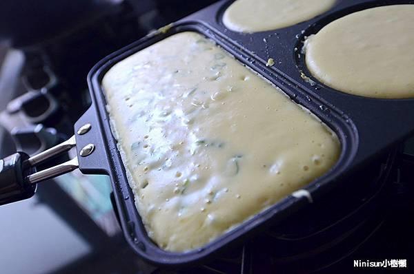 蔥味鹹鬆餅6.jpg