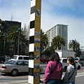 沿途有一堆這種柱子介紹Ferry Building