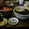 我的鮪魚蓋飯還有海苔蕎麥麵