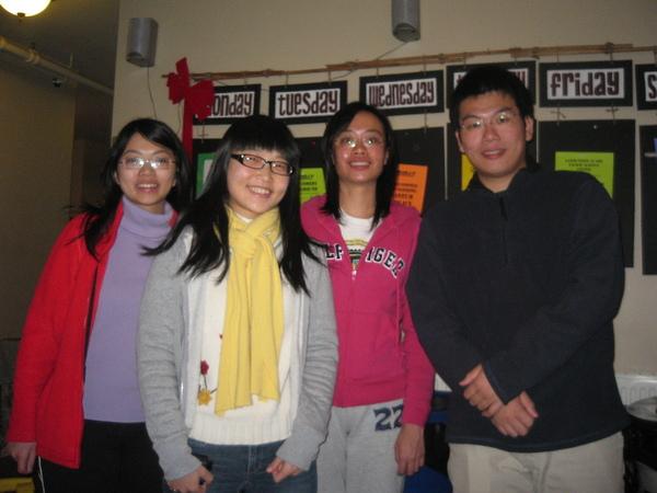 大家都是從台灣來美國唸書的.分屬WSU, SFSU, UC Irvine以及USC
