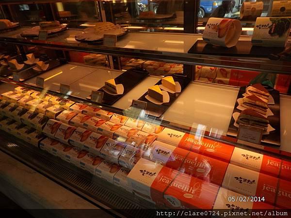 塔吉特千層蛋糕櫃台